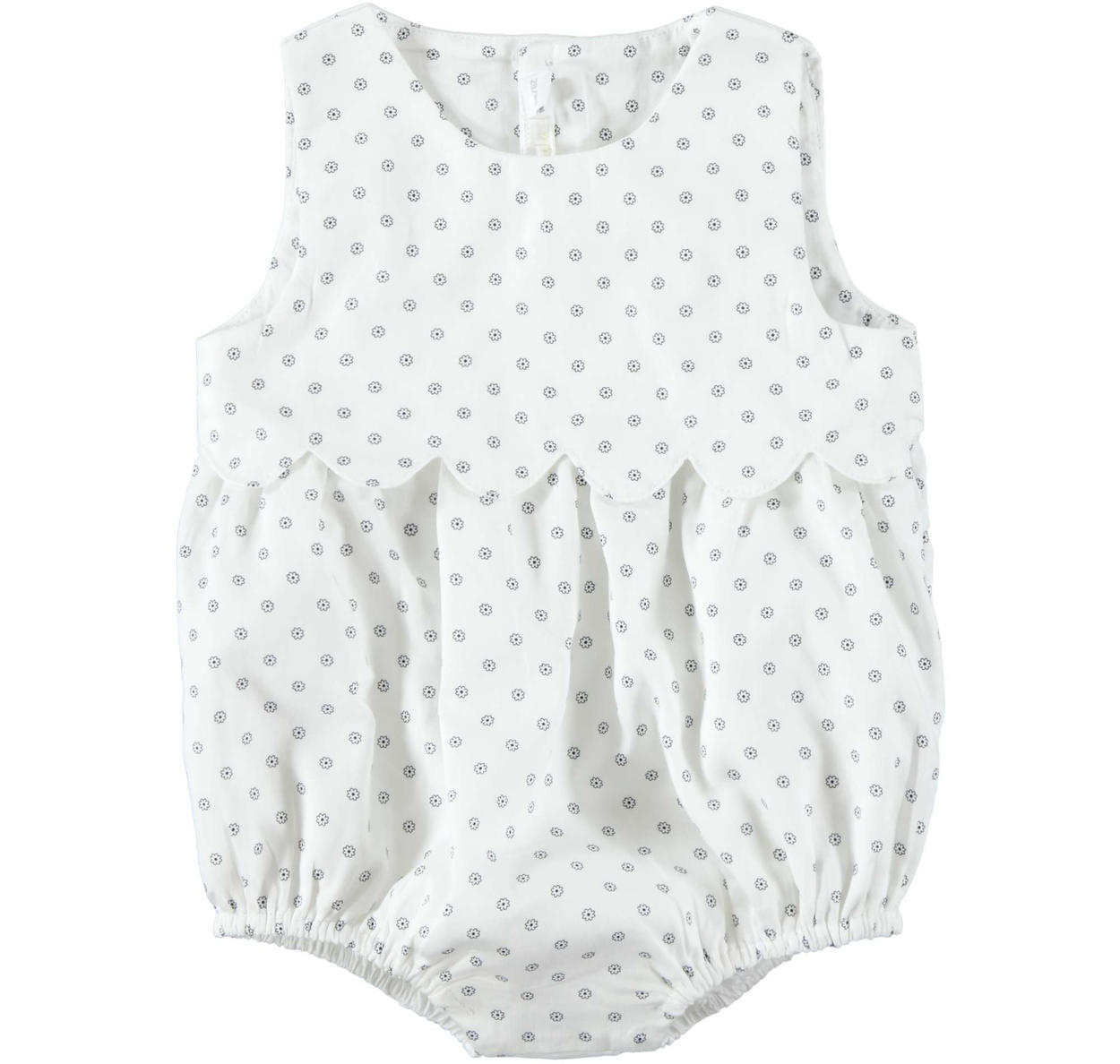 c8003bdcd Comfortable 100% cotton romper suit with polka dots for newborn from ...
