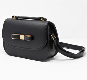 Patent leather bag with bow and golden plate BLACK