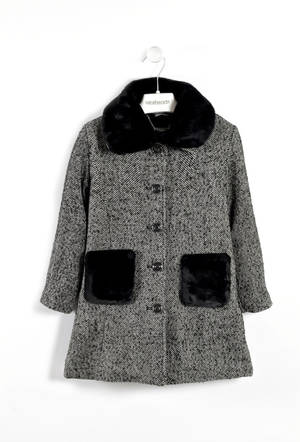 Coat with faux fur trims  BLACK