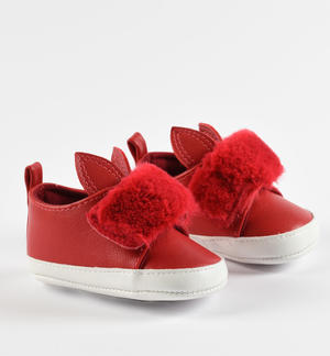 Shoes made of faux-leather RED
