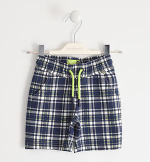 Comfortable short trousers in light checked fleece BLUE