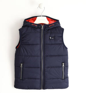 Nylon quilted vest padded with soft wadding