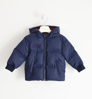 Winter jacket with heat-sealed chambers