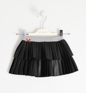Skirt in faux leather with two flounces