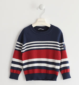 Sweater in winter tricot with a striped pattern