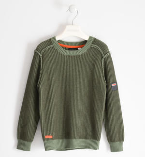 Ribbed round neck sweater in tricot