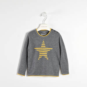 Round neck sweater with striped star  GREY