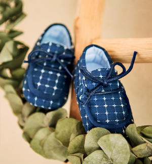 100% cotton textured fabric baby moccasins BLUE