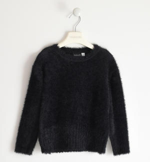 Soft and versatile round neck sweater for girl