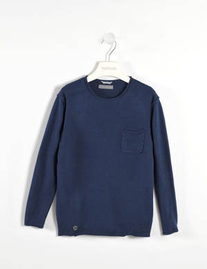 Soft cashmere and cotton blend sweater with a pocket   BLUE