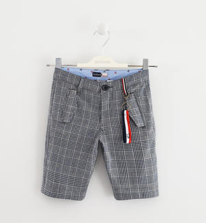 Boy's cotton-blend Bermuda shorts with check print BLUE