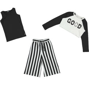 Elegant three-piece girl¿s suit in stretch cotton with striped cropped trousers
