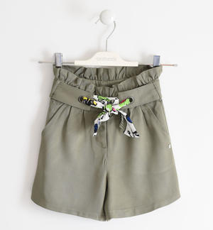 Short trousers with floral belt GREEN