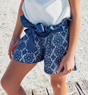 Short trousers with lace BLUE