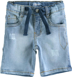 Short trousers in stretch denim with drawstring