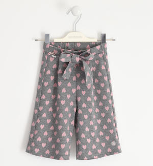Hearts patterned trousers, crop model GREY