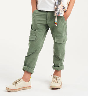 Boy's cargo trousers in stretch cotton GREEN