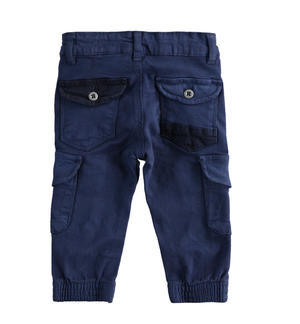 Pantalone modello cargo in twill stretch BLU