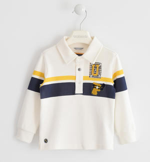 Polo made in interlock 100% cotton with a college style CREAM