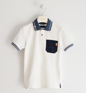 Stretch pique polo shirt with micro polka dot pocket
