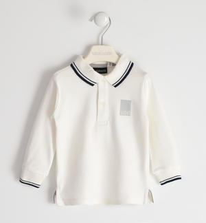 Solid colour polo shirt in 100% cotton for boy