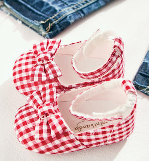 Cotton blend fabric baby girl shoes with Vichy pattern RED