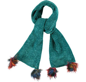 Chenille scarf with pompom details  GREEN