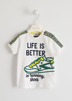 "100% cotton ""Life is Better¿ t-shirt  WHITE"