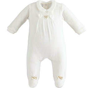 Chenille onesie with applied hearts CREAM
